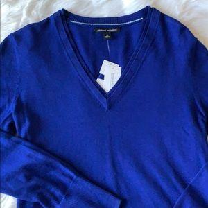 NWT Banana Republic Silk V-Neck Sweater M